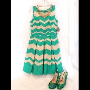 NWT Taylor Sleeveless Fit & Flare Dress